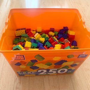 Mega Bloks Large Lego Building Blocks 250 Piece